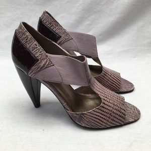 Pour La Victoire Purple Heels In Good Used Cond.